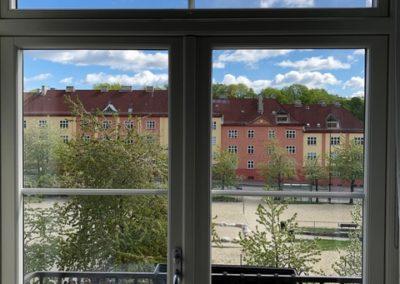 Bytte av vinduer over balkongdør.